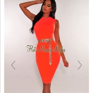 Hot Miami Styles neon coral sleeveless dress